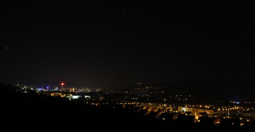 Blick auf Jena bei Nacht