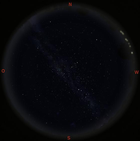 Nachhimmel mit Milchstraße im Juni über Sydney (Australien)