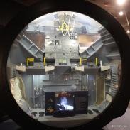 Blick in ein Modell des Mondmodules