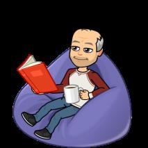 im Sitzsack sitzend lesen und Kaffee trinken