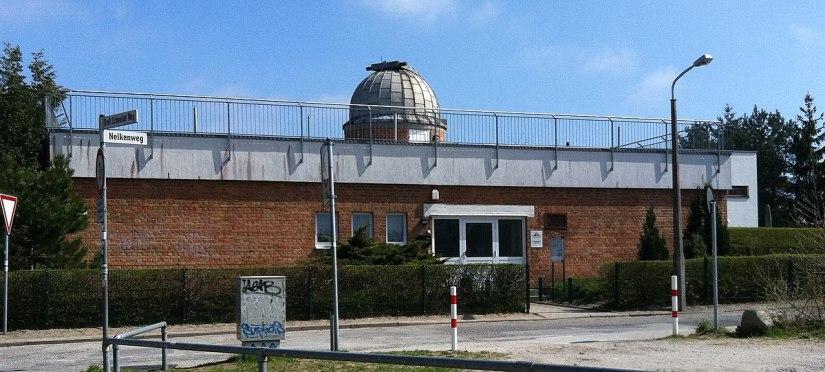 Astronomische Station Rostock von außen.