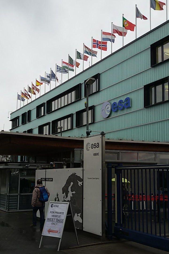 Haupteingang zur ESOC in Darmstadt